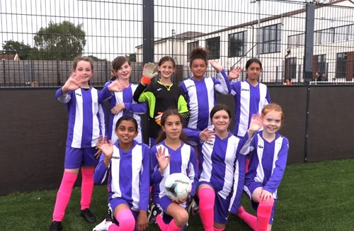 Stars in their eyes at primary football tournament