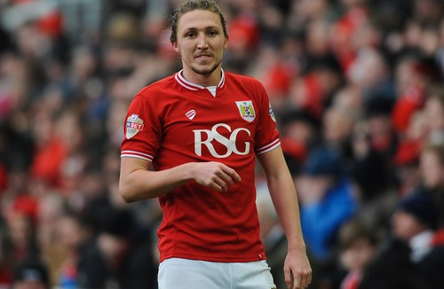 Ayling Transfers To Leeds