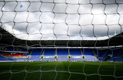 Watch Reading away on Robins TV