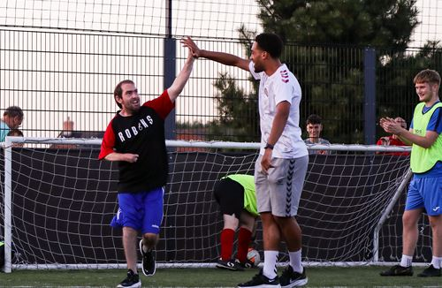 City stars meet fans at pan-disability session