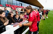 📸 City Women entertain supporters at open training session